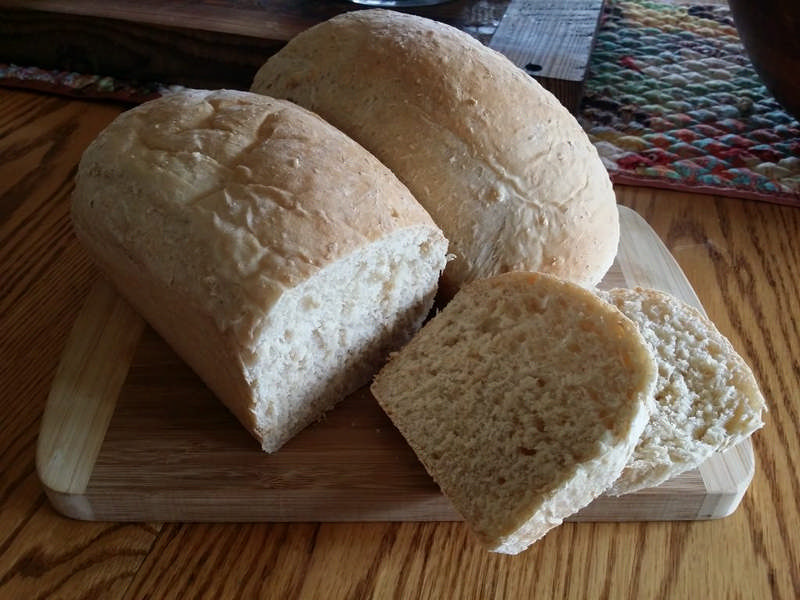 Easy, Homemade Amish White Bread