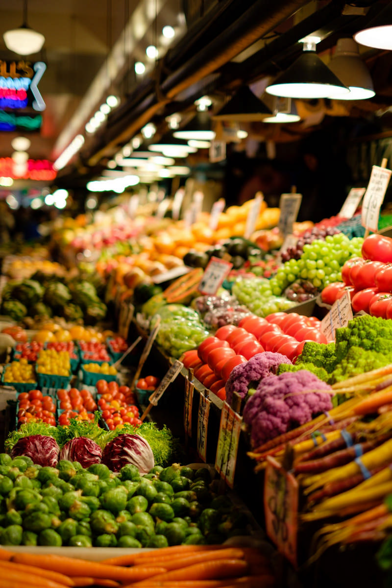 eating well with fresh vegetables