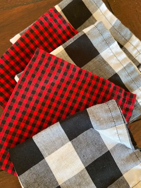 black and red and white cloth napkins