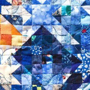 amish quilt blue