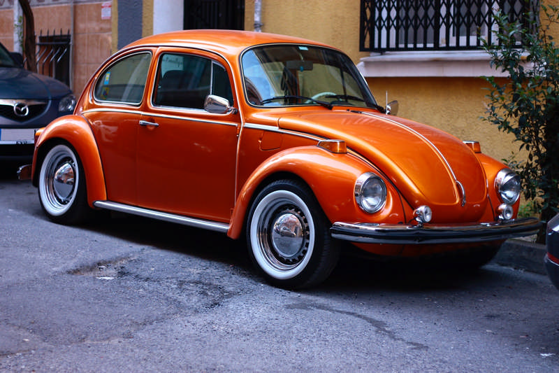 VW bug orange