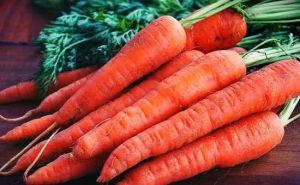 How to Can Carrots with a Pressure Canner at Home