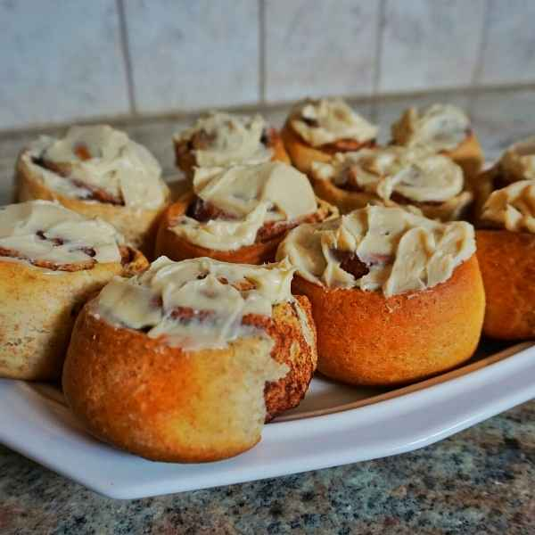 cinnamon rolls made from scratch