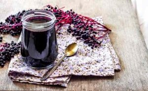 Elderberry Syrup Recipe for Colds and Flu