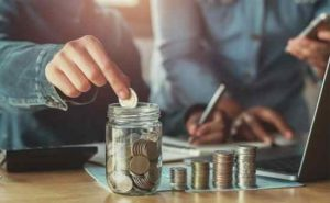 50 frugal living tips to save money now